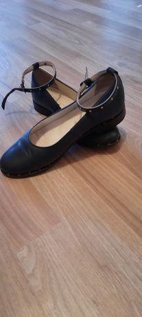 Туфли для девочки подростка