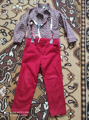 Продам нарядный костюм на мальчика,на 4 года,в отличном состоянии.