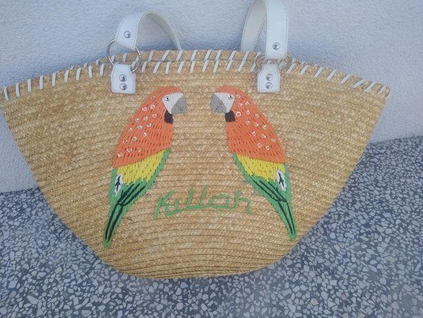 Słomiany koszyk torebka z papugami