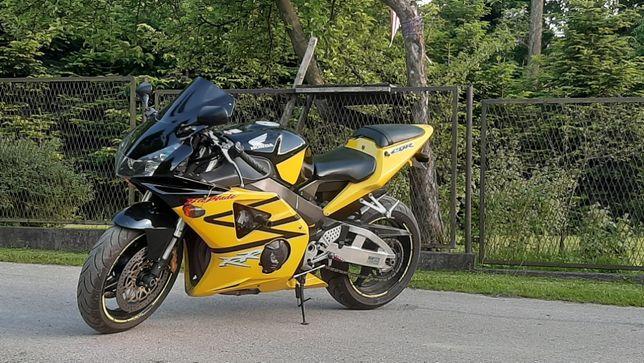 Honda CBR 954RR FireBlade