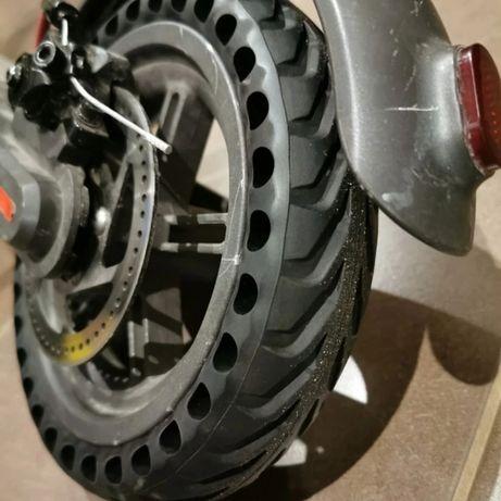 Шина колесо бескамерная антипрокольная 8.5` для электросамоката xiaomi