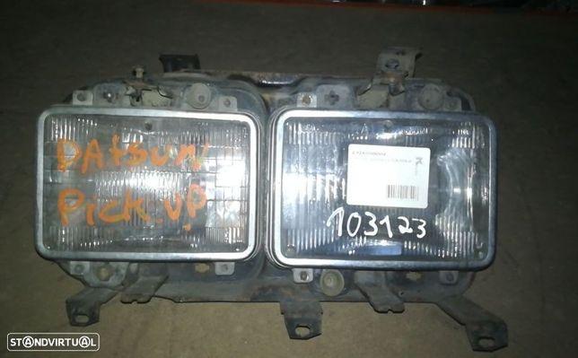 Optica Farol Esquerda Esq Nissan Datsun 140 Y Combi (Hlb310)
