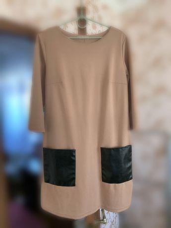 Продам платье с кожаными карманами