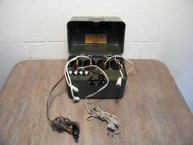 Ładowarka NVA ZWL-4/59 DDR do lamp wielofunkcyjnych ZW 59 JAK NOWA