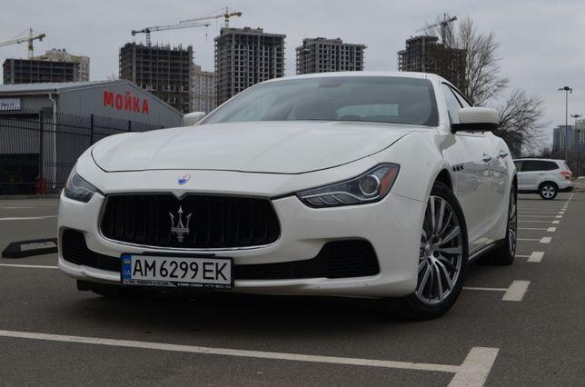 Maserati Ghibli 330 к.с.