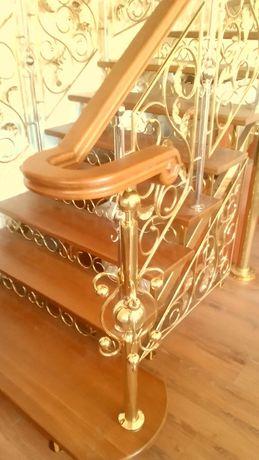 Лестницы, пандусы, поручни из полированной нержавейки любой сложности