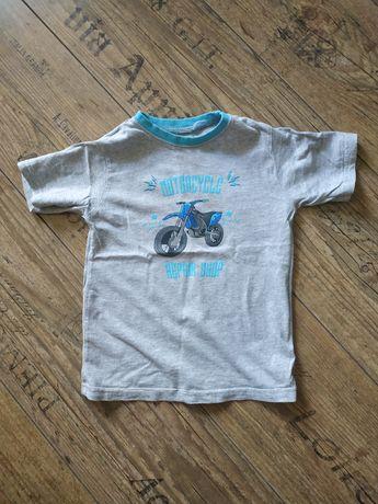 Chłopięcy T-shirt z motorem. Rozmiar 98/101