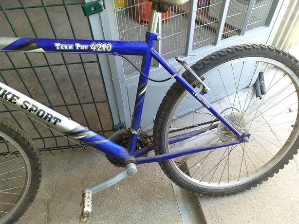 Bicicleta azul Porto como nova