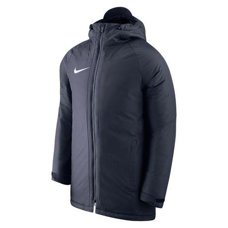 Продам мужскую куртку Nike ( не подошел размер)