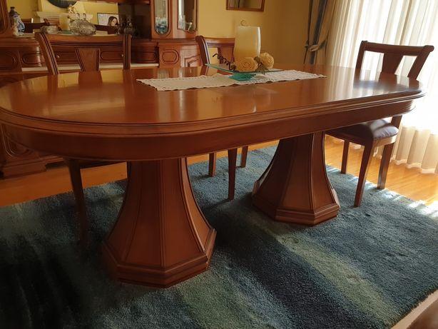 Armário sala de estar e mesa de jantar