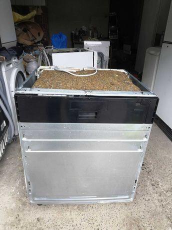 посудомийна машина AEG під повну забудову.Шир 60 см.