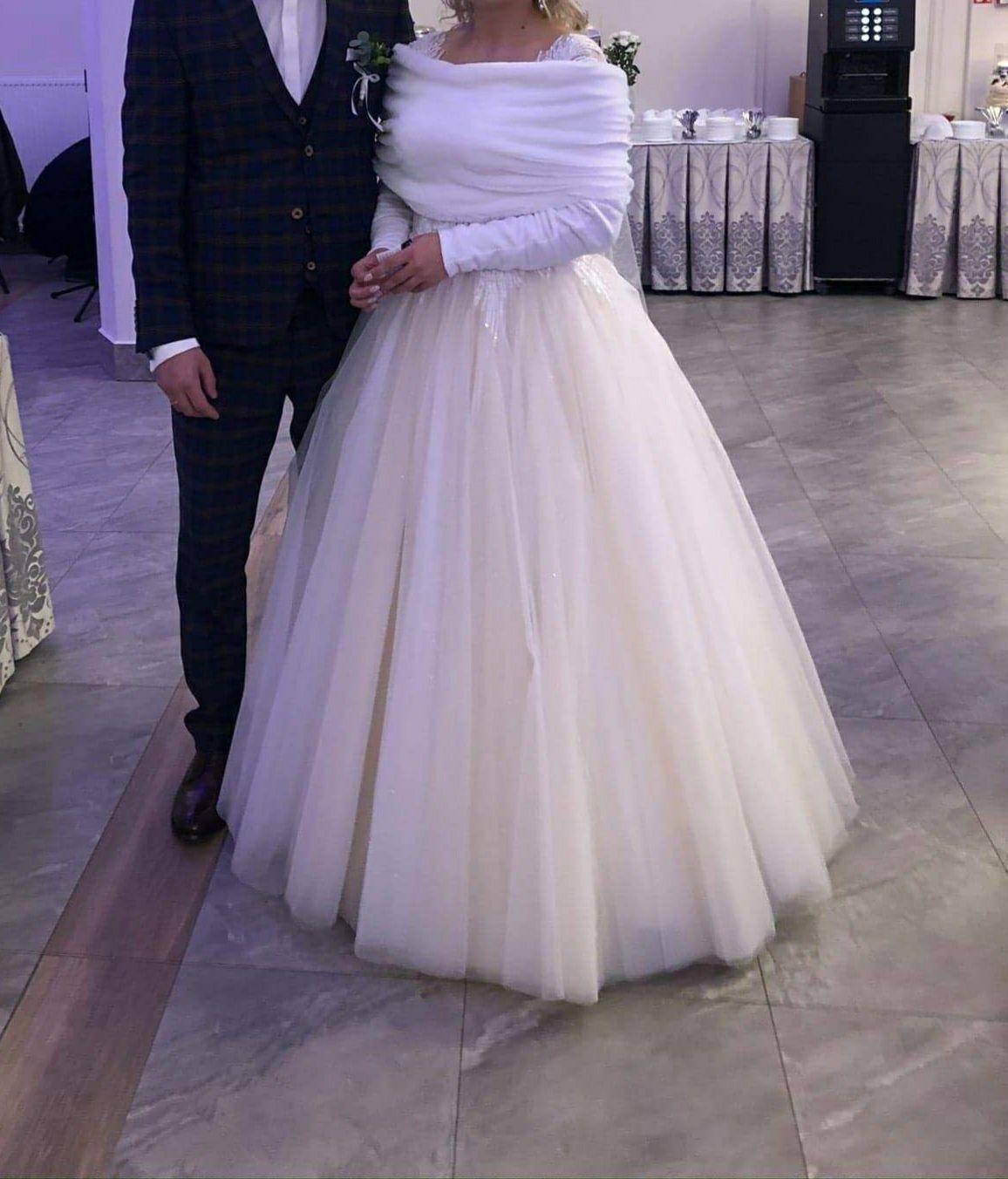 Suknia ślubna koronkowa, 38, 40, 42 brokatowa champagne