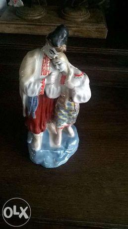 Figurka porcelanowa zakochanej pary