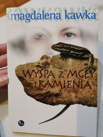 Książka Wyspa z mgły i kamienia Magdalena Kawka