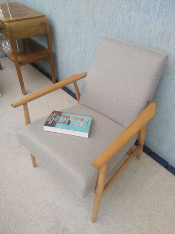 Fotel PRL lisek po renowacji