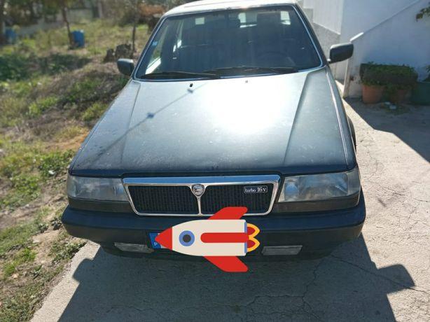 Lancia Thema 16v