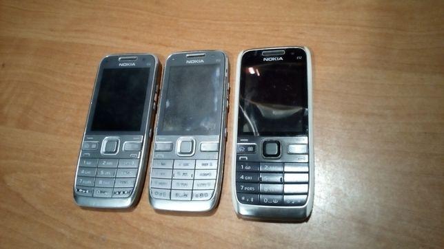 Telefony Nokia E 52 , 3 sztuki.