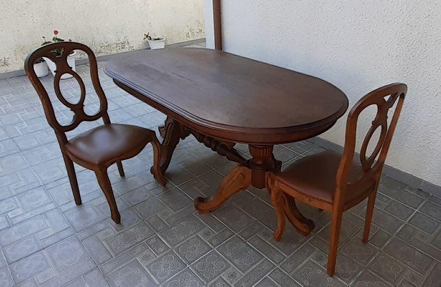 Mesa em Castanho