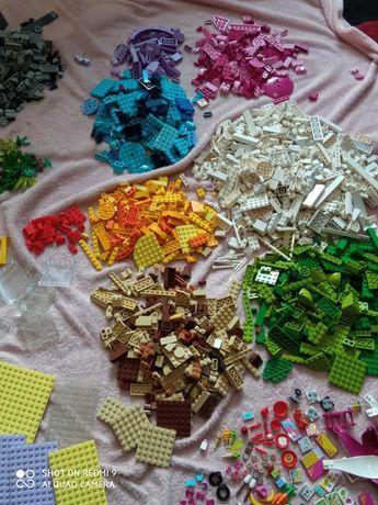 Klocki Lego. Mix zestawów serii Lego Friends (Ponad 1000 elementów)