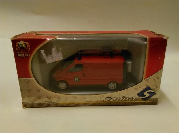 Opel Vivaro skala 1:43 solido wóz strażacki straż pozarna