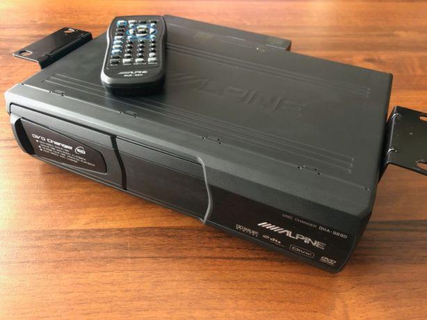 Alpine DHA-S690 samochodowa zmieniarka płyt DVD i CD