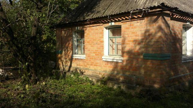 Продам дом в центре с. Бродецкое