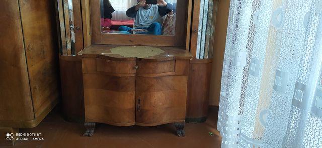 Meble z drewna stare antyki prl komoda  toaletka szafa