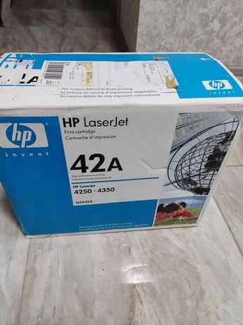 Картридж HP Q5942A новый оригинальный
