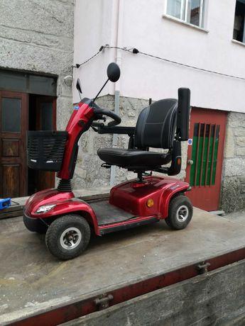 Scooter Eléctrica 4 rodas