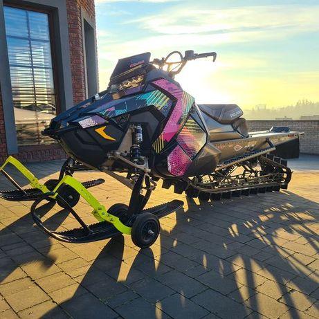 Wózki do transportu skutera śnieżnego. Ski-doo Polaris Yamaha Summit.