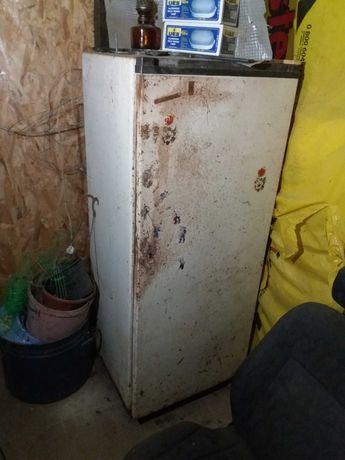 Продам холодильник Донбасс