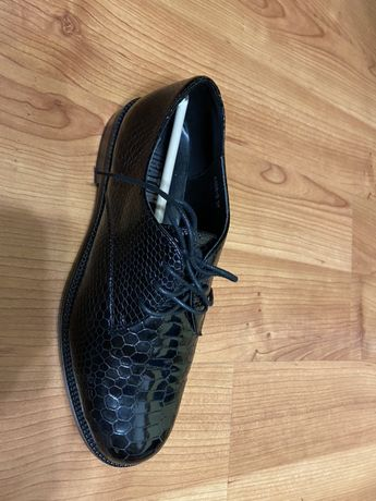 Туфли лаковые Miraton