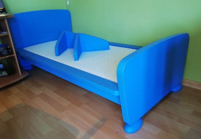 Ikea Mammut - łóżko, materac, półki