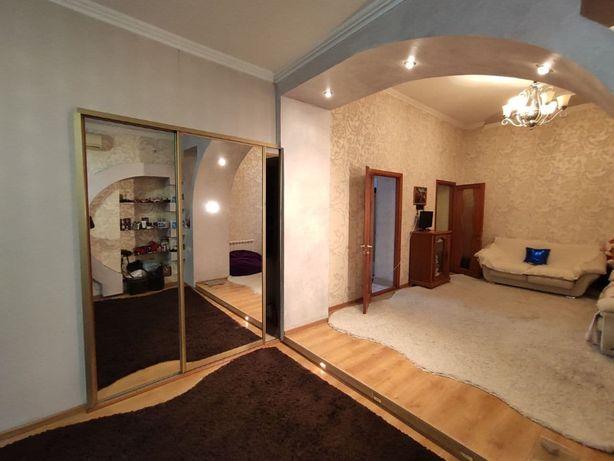`Продам 3х комн квартиру в историческом центре города, 50 тыс.у.е.