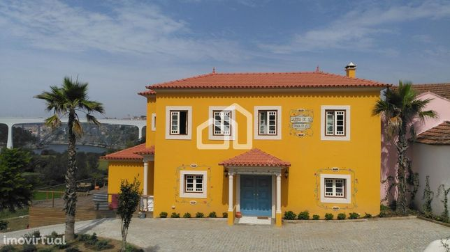 Quinta com Alojamento Local face ao Rio Douro
