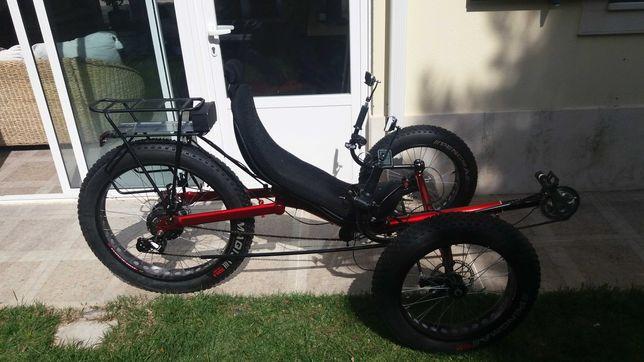 bicicleta eletrica reclinada