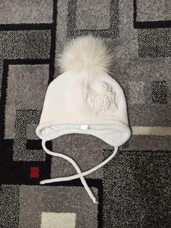Зимова шапка для дівчинки 6-12 місяців