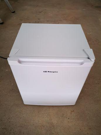 Mini frigorífico novo