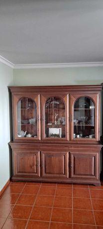 Móvel de sala em madeira maciça