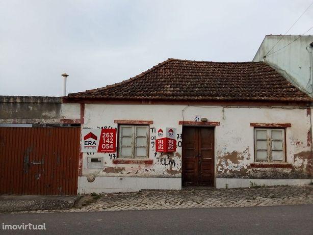 Moradia T2, Olhalvo
