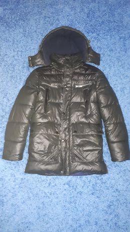 Продам зимнюю курточку на мальчика б/у