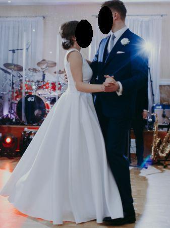 gładka klasyczna suknia ślubna mikado