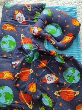 Набор в коляску(одеяло , подушка,простынь на резинке)
