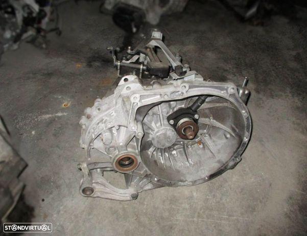 Caixa de velocidades para Mazda 3 1.6 d (2007) 6M5R7002YA T1GD2 3M5R-7F096-YF