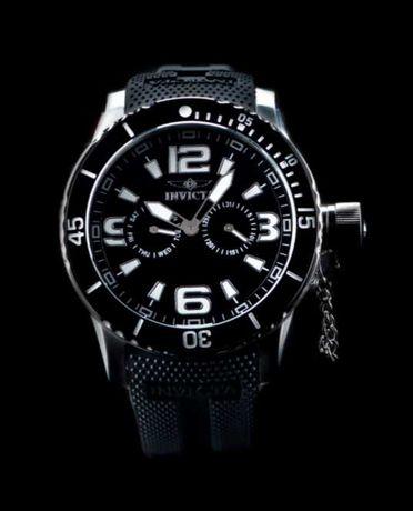 Часы Invicta Specialty Quartz Watch - Model 1790