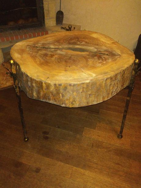 Stolik drewno-metal z pnia drzewa