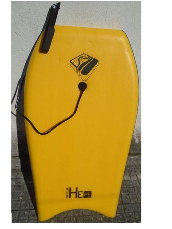 Prancha Bodyboard DEEPLY Tam. 38 foi usada 3/4 vezes em estado Novo!