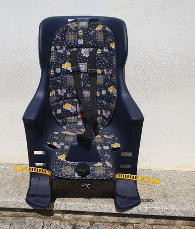 Cadeira de bicicleta para crianca