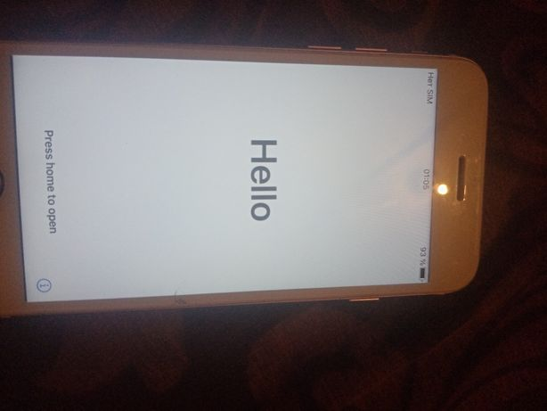 Продам IPhone 7.