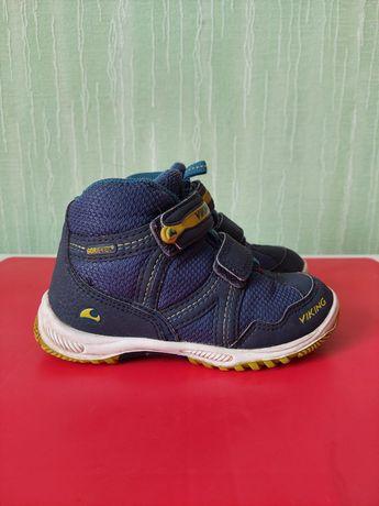 Демисезонные ботинки Viking 27р